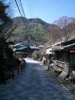 宇津ノ谷の旧道