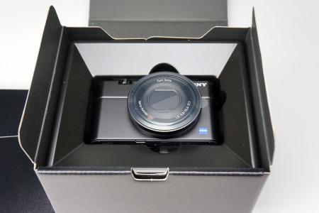 カメラ本体の収納