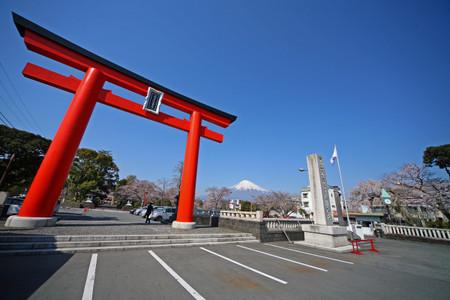 世界文化遺産に登録される富士山