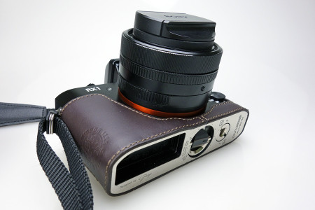 DSC-RX1にGARIZ製カメラケースを装着