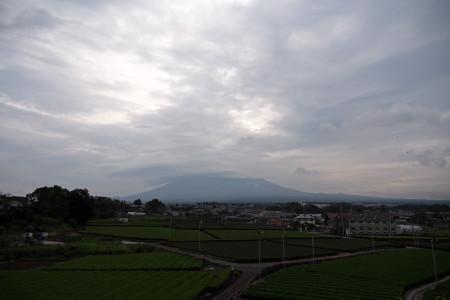 曇天の富士山