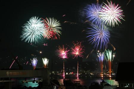 伊東按針祭海の花火大会