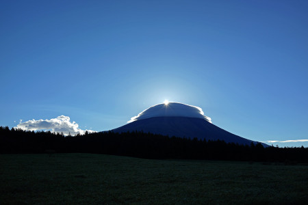 10月21日の富士山と日の出