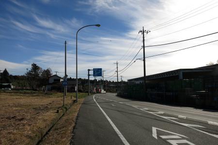 県道72号へ