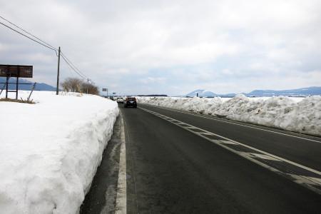国道139号朝霧高原の様子