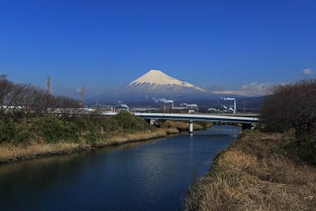青空と冬富士