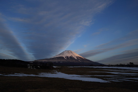 3月8日夕方の富士山