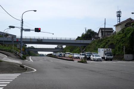 道路は渋滞