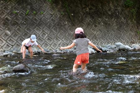 川を渡る冒険