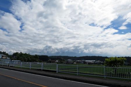 富士山は隠れる
