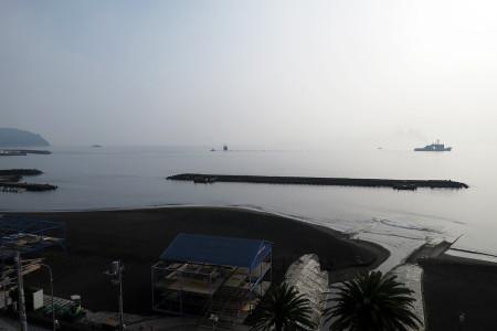 伊東の朝の海
