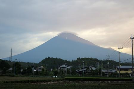 富士宮市街からの富士山