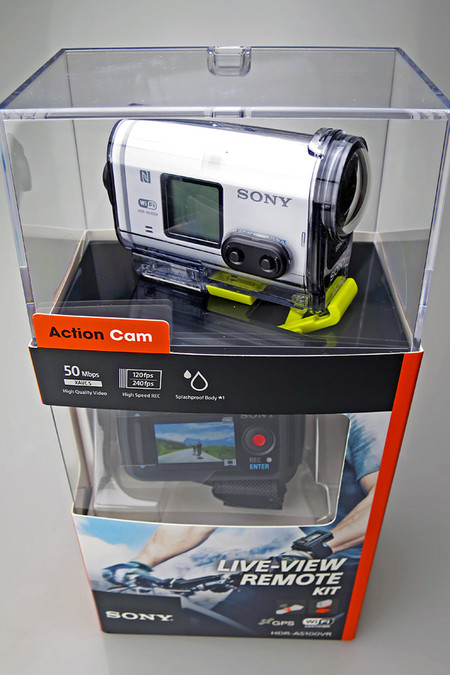 SONY HDR-AS100VRパッケージ