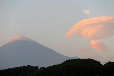 7月27日の富士山と吊るし雲