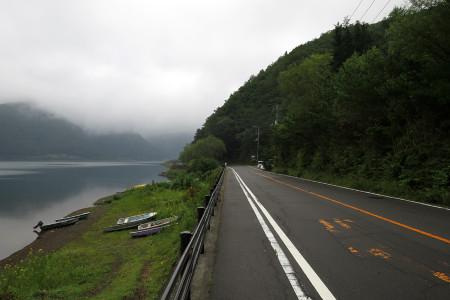 西湖湖畔を半周