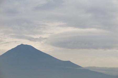 富士山頂と雲
