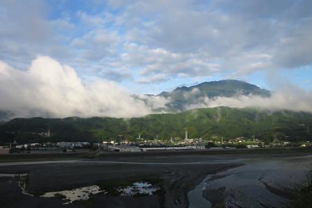 富士川沿いの風景