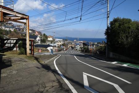 県道80号を多賀へ
