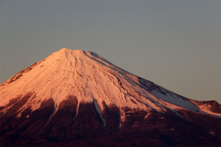12日の夕暮れ富士山