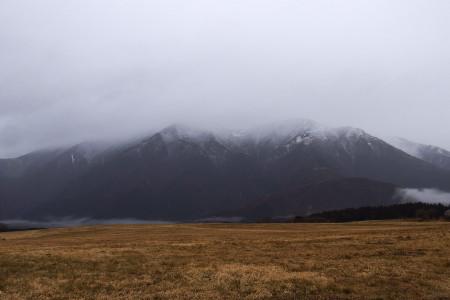 毛無の山々