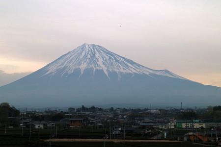 4月10日朝の富士山