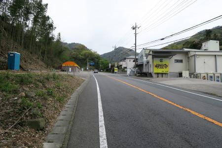 亀石峠への上り