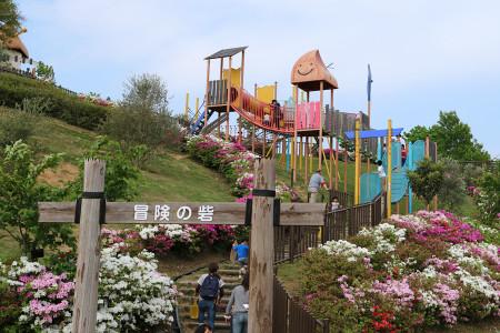 秋葉山公園の「冒険の砦」