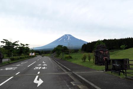 富士山こどもの国と富士山
