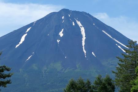 鳴沢からの富士山