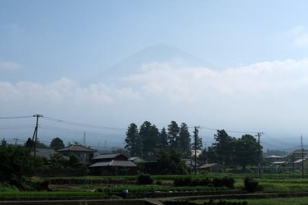 富士山頂が見える