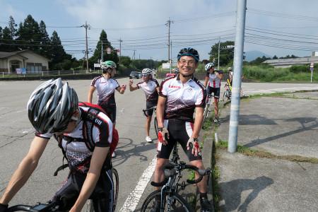 富士ヶ嶺の交差点にて