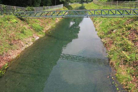 水路の流れ