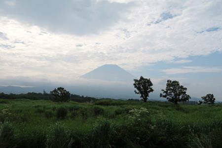 静岡山梨県境付近からの富士山