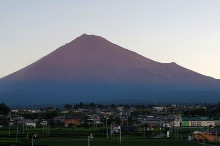 早朝の秋富士