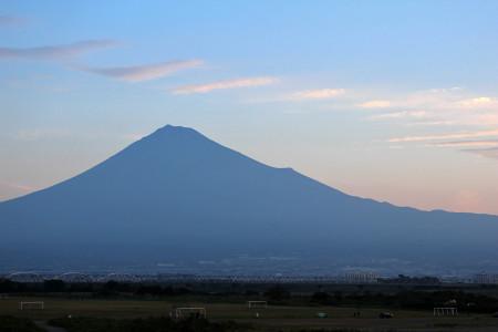 まだ初冠雪前の富士山(10月10日)