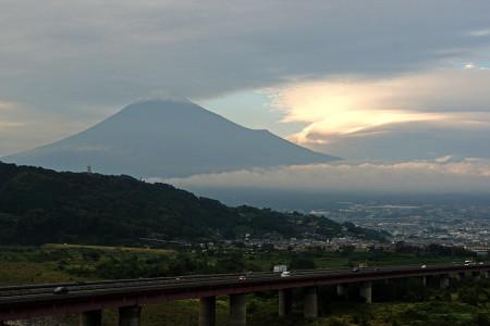 10月11日初冠雪の富士山