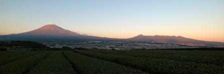 富士山の夕暮れ光景