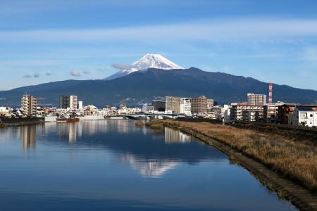 狩野川の逆さ富士