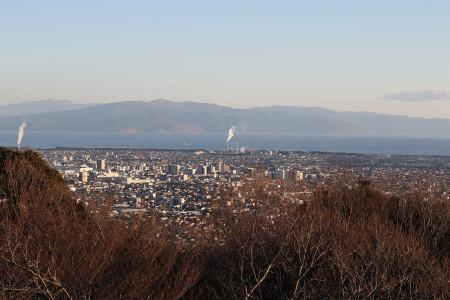 展望台から富士市街と駿河湾