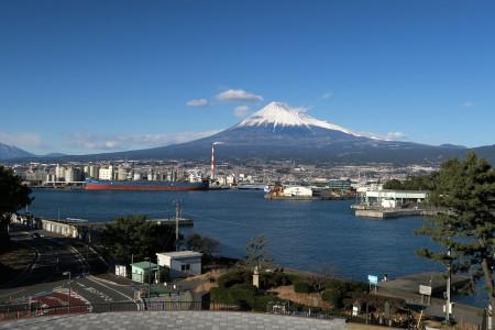ふじのくに田子の浦みなと公園よりの富士山