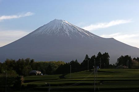 4月18日朝の富士山