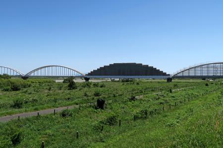 水道橋は工事完了間近