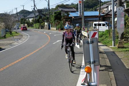 小田厚側道へ