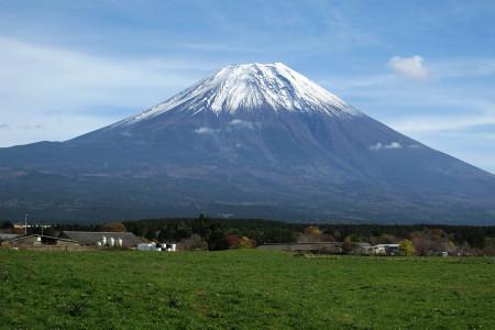 20日昼頃朝霧高原からの富士山