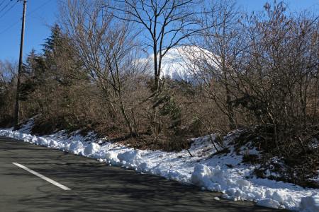 道端には雪