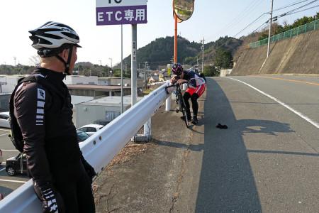 富士川楽座前にて