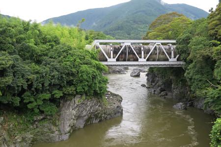 富士川の流れ