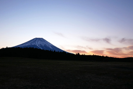 12月5日早朝の富士山