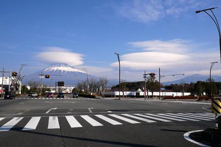 富士市街より
